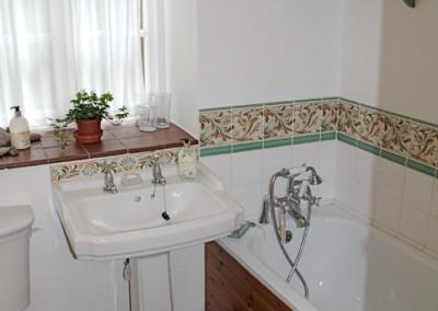 thecottage-bathroom